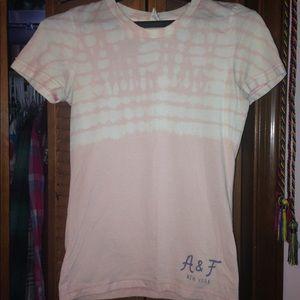 Peach A&F shirt EUC.